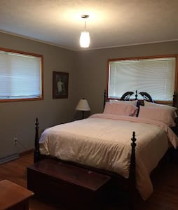 Sagar Creek B&B - Siloam Springs - Casa