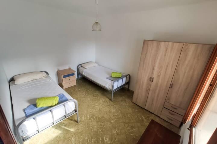 Acogedora habitación a 5min del mar