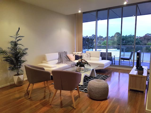 Style, comfort and convenience in Glen Waverley