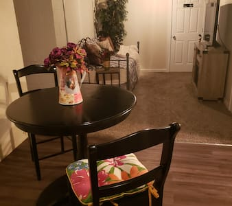 ♣ Newly remodeled & fully furnished basement ♣