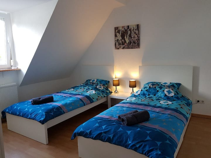 Grosszügige Wohnung mit separatem Wohnzimmer!