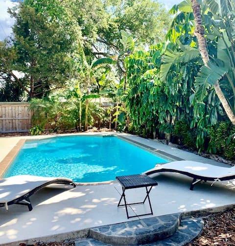 Pool Paradise - Private Solar Heated Pool