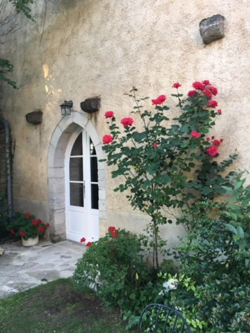 "Entrance to Gite ""Camellia Rose"""