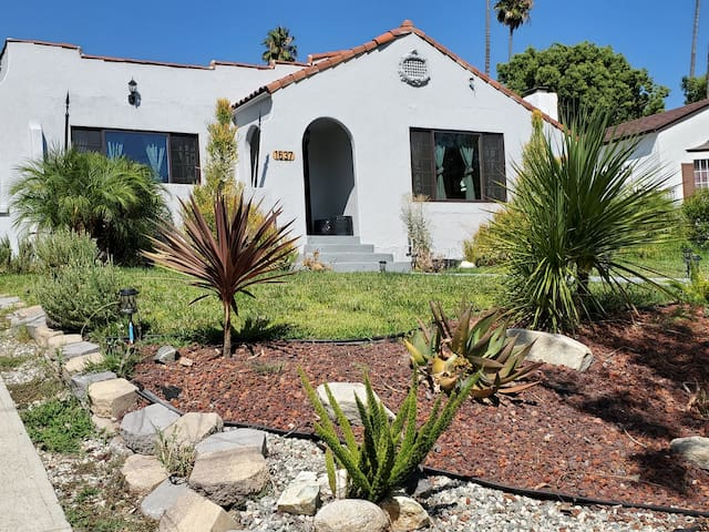 TODAY SPECIAL CA  5 B BIG HISTORIC SPANISH HOUSE