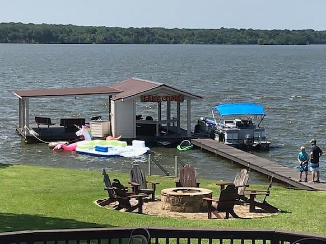 Roomy Lake House on Cedar Creek Lake, Texas