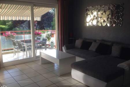 Chambre au calme, dans petite résidence récente. - Reignier-Esery
