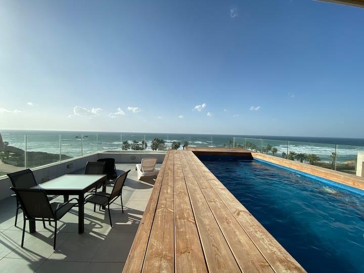 Villa front de mer Natanya
