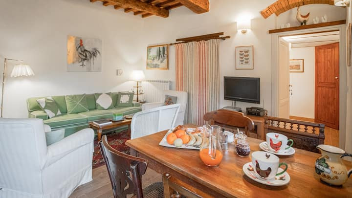 Superb Apt close to Wineries & Medieval towns
