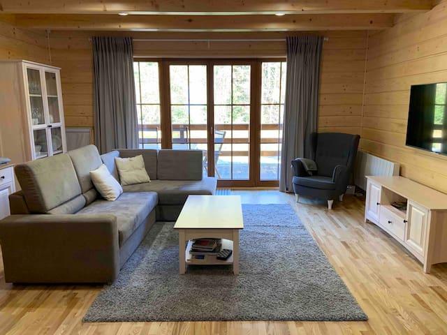 Full wooden house - Drewniany domek w Beskidach