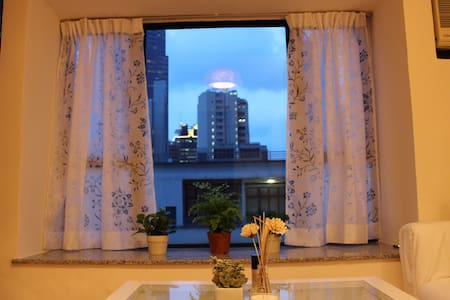 A bright cozy room in the heart of Soho - 香港