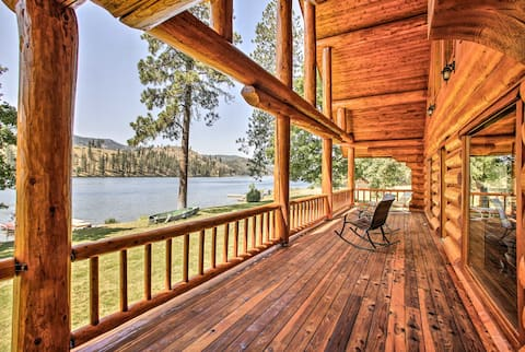 Waterfront Home on Spokane River w/ 3 Docks & View