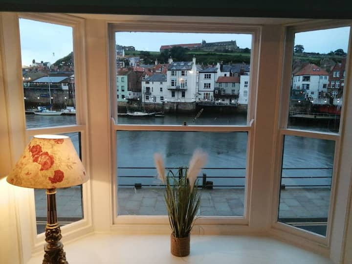 Whitby Harbour Front Apartment