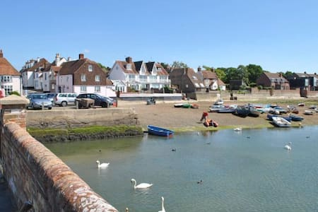 Lovely property with sea view! - Emsworth - บ้าน