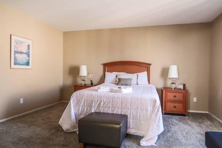 Private Bathroom   Master Bedroom   Close to Strip