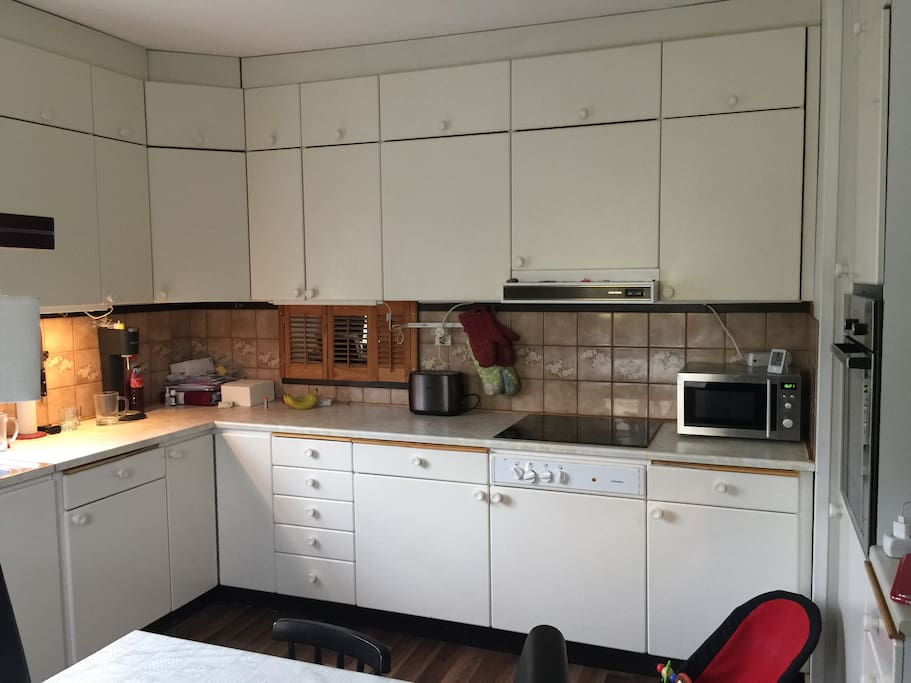 The kitchen. It´s from the 80`s but has new appliances.