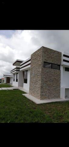 Villa Ciudad Paraíso