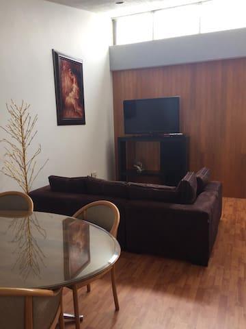 ESPECTACULAR PENT-HOUSE EN LA MEJOR ZONA DE CDMX