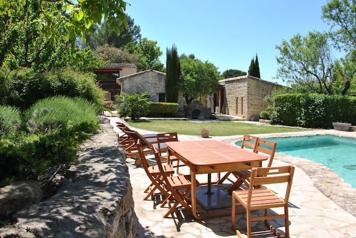 Exceptional property at the doors of Luberon - La roque sur pernes