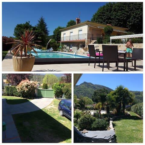 location appartement 50 m2 dans villa avec piscine