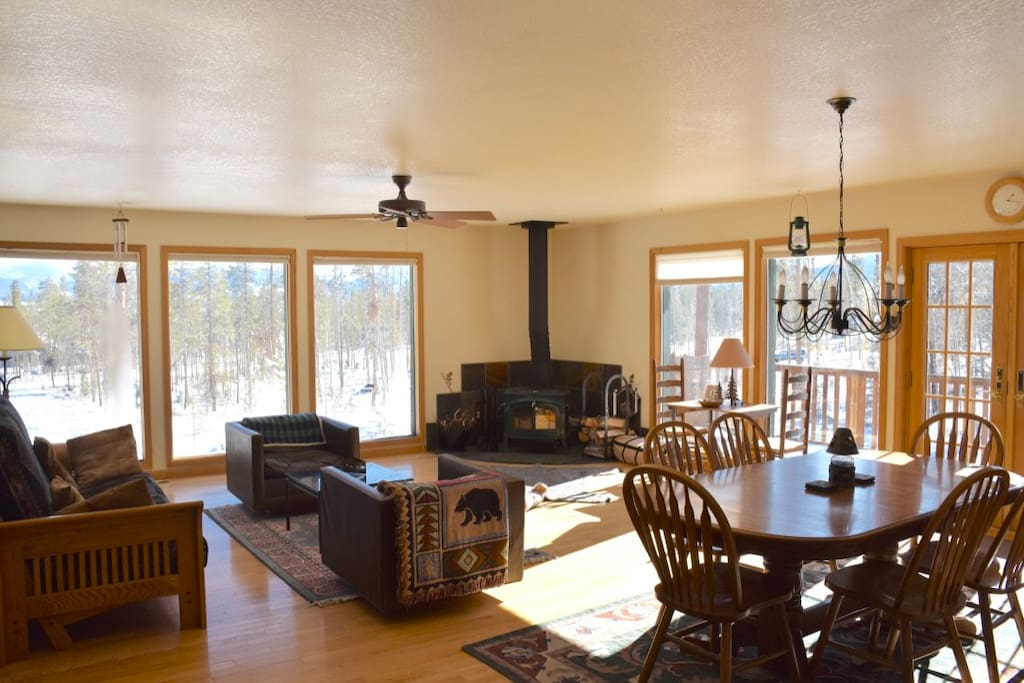 Family Room / Great Room, open, spacious and perfect for hanging out with family and friends