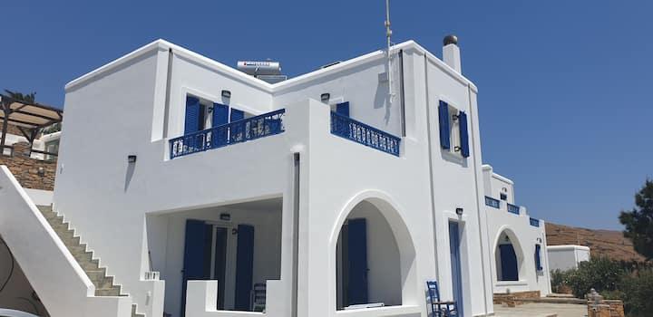 Naousa Villas