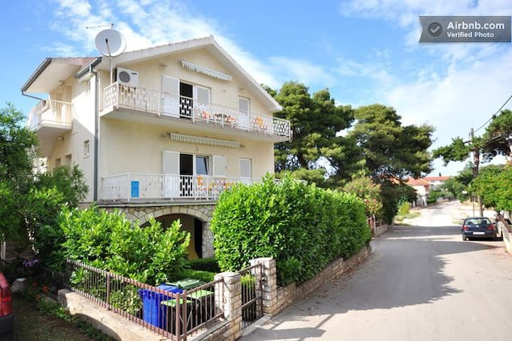 Nice apartment on great loction Apartment A-4 - Biograd na Moru - Apartment