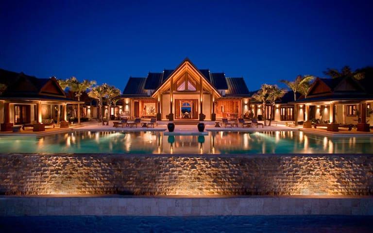 Luxury Oceanfront Beach Villa Bahamas - Nandana
