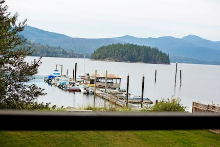 Large Waterfront Location minutes to downtown.