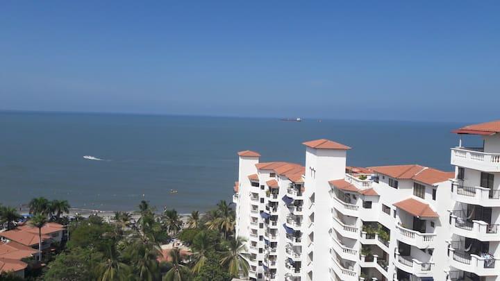 Hermosa vista al mar Bello Horizone Club House