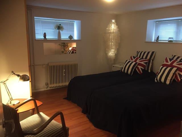 A doubleroom near Aarhus. - Hammel - Apartemen