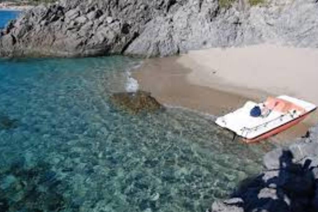 spiaggia vicina (10 minuti a piedi)