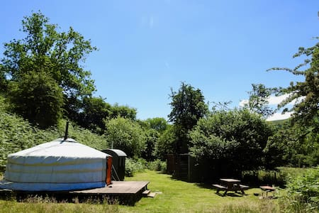 Moonlight Yurt - with wood fired Hot Tub