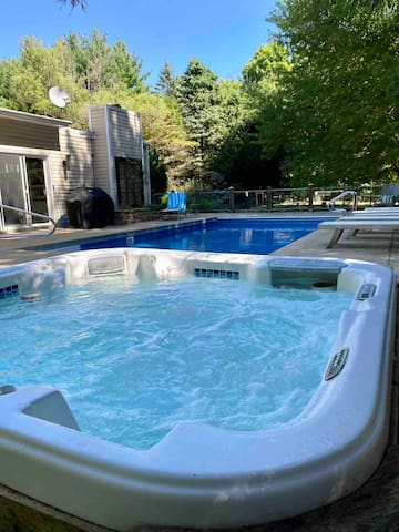 The Hot Tub Awaits! Lovely Home w Every Amenity!