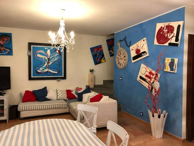 BEAUTIFUL LUXURY HOUSE OF TORRE MAREMMA, 8 SLEEPS