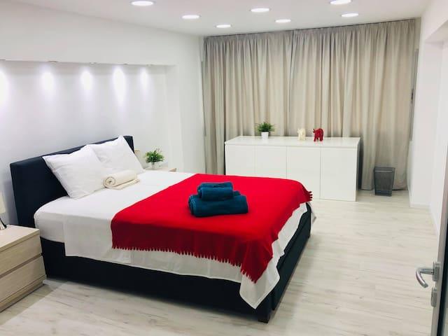 Luxury Loft Berry apartment in the heart ofLarnaca