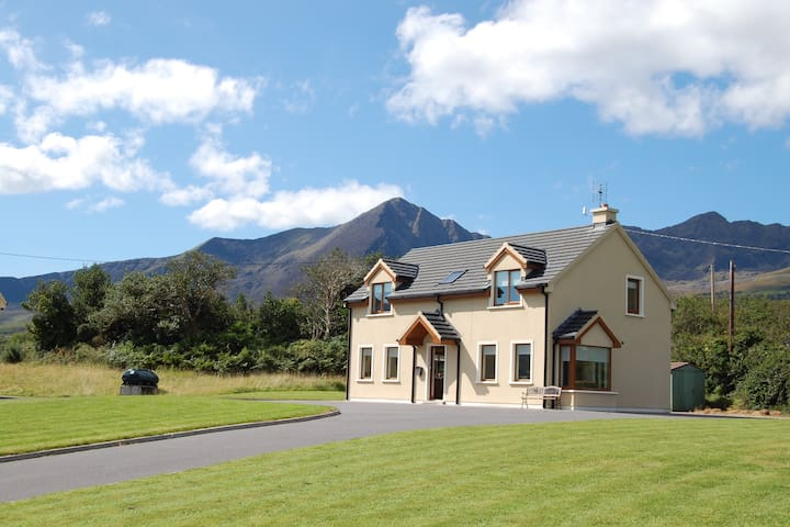 Cloghane Holiday Homes, 3 Gort a Leasa, Cloghane
