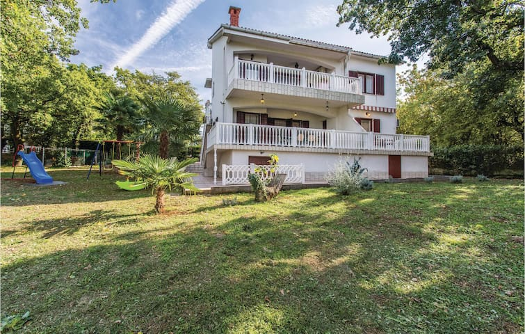Holiday apartment with 1 bedroom on 36m² in Malinska
