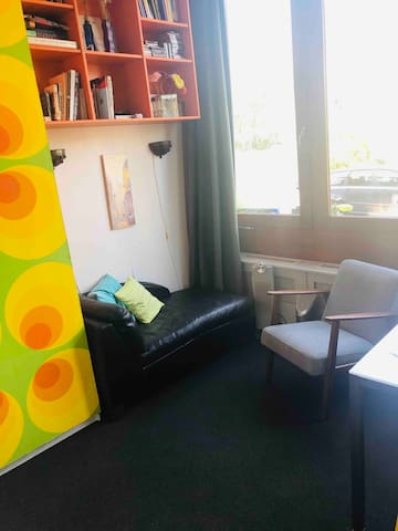 Cosy Studio, with outdoor Swimming