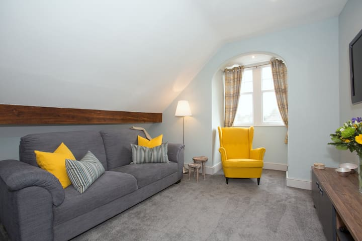 The Penthouse Apartment - Harrogate