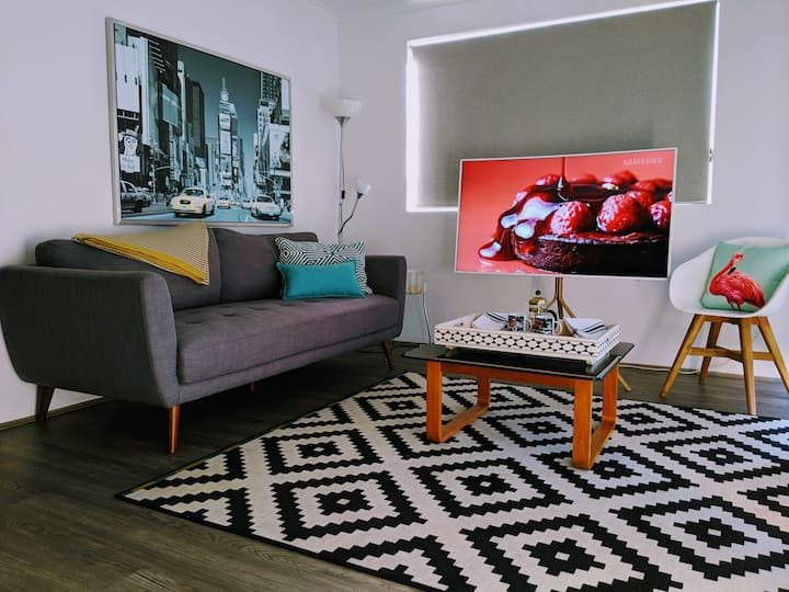 Hip City Apartment - Mulubinba Newcastle CityPad
