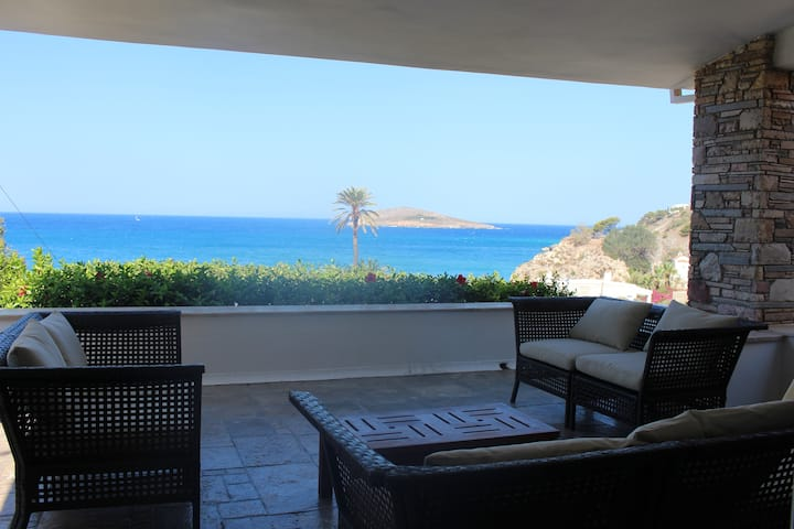 Kalymnos, très belle villa avec vue sur la mer