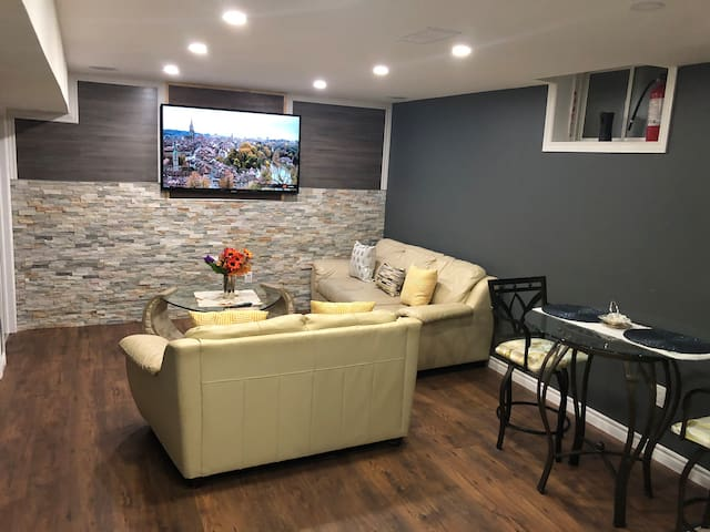 North London Private Luxurious Basement Unit.