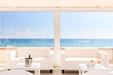 Poseidone,villa sur la mer avec vue - Cava D'aliga