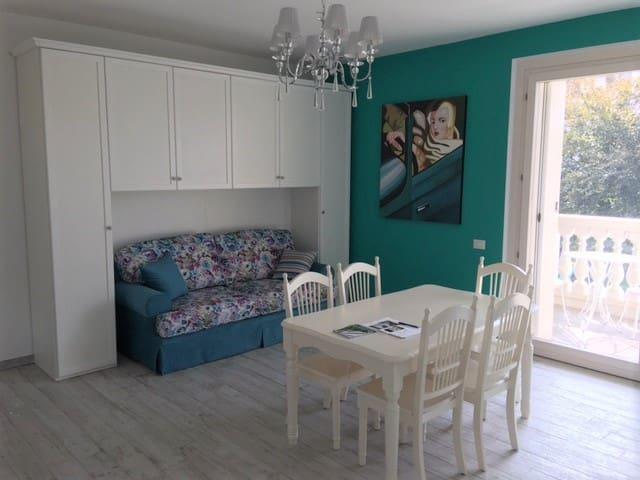 42/5000 Elegant Studio 3 bed near Milan (app. 9)