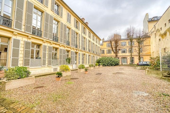 ★ NEW : Duplex au pied du Château de Versailles ★