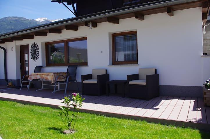 Bungalow in der Tiroler Bergwelt - Fügen - Hus