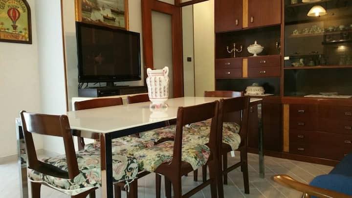 Grande ed accogliente appartamento in Borghetto SS