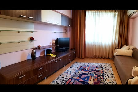 Apartment with 2 rooms,central location (50 sq m )