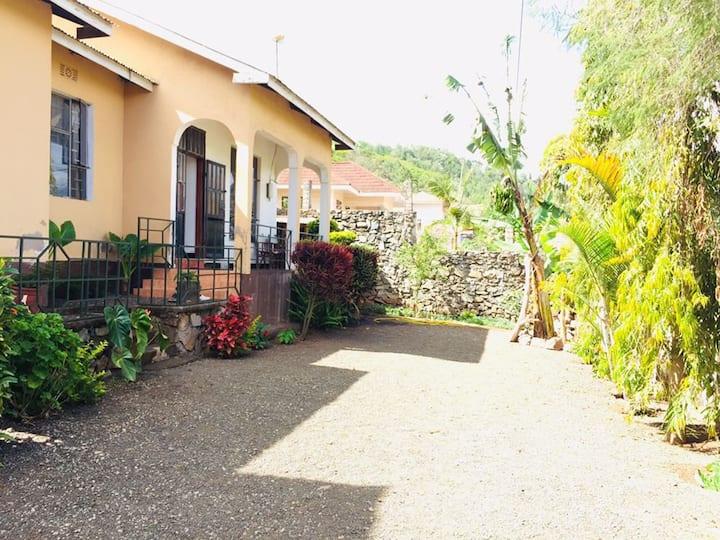 In-Africa Homestay2