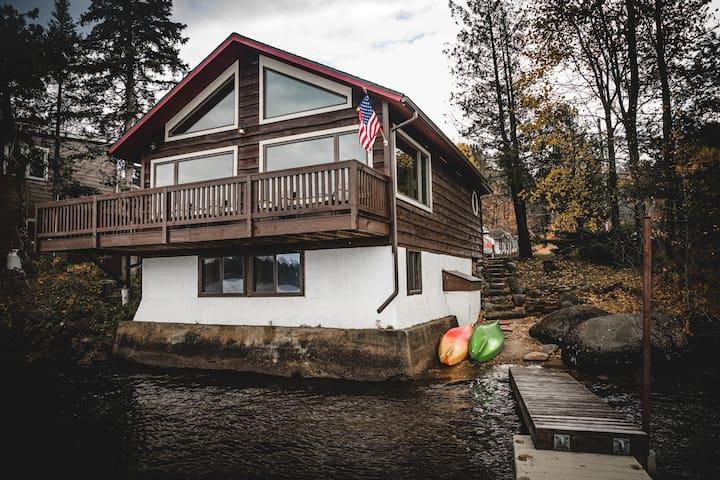 Lakefront Adirondack Escape